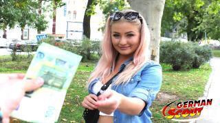 GERMAN SCOUT – Curvy Studentin bei echten Straßen Casting AO gefickt