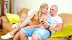 Zarter blonde Stief Schwester vom Bruder gefickt wenn Eltern weg sind